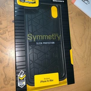 NEW Otterbox iPhone XS Max Case